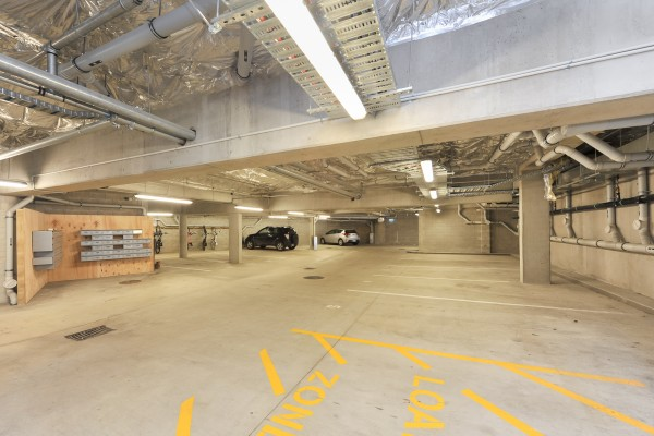 Car Parking/Garage